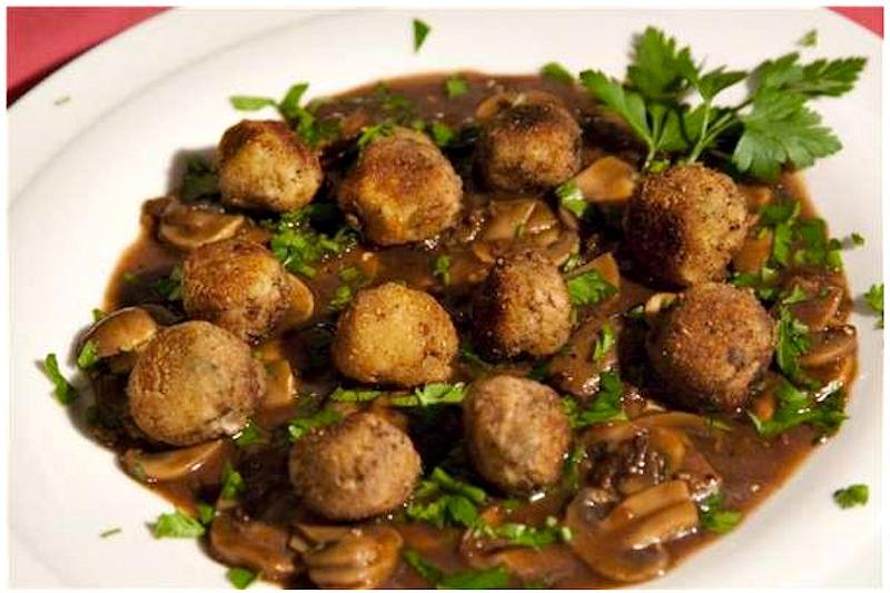Super-mini-meatballs-in-mushroom-sauce