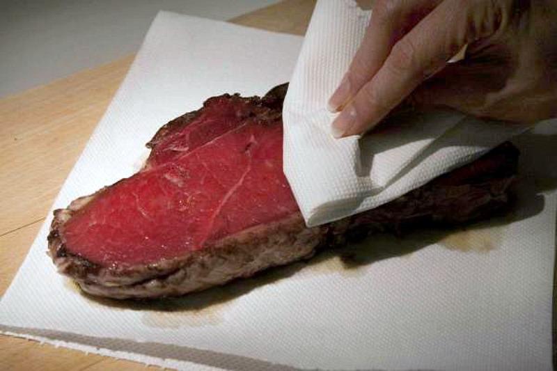 ψήσιμο κρέατος - στέγνωμα
