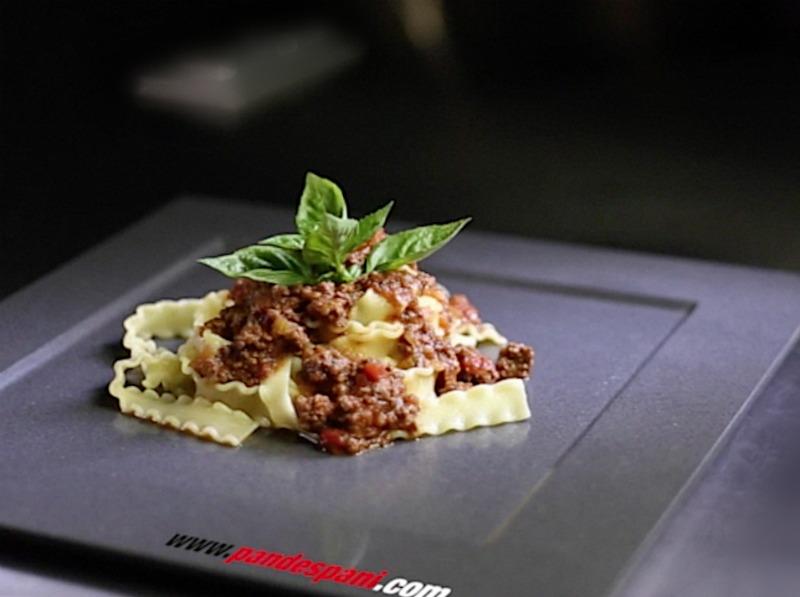 σάλτσα μπολονιέζε με Μafaldine Barilla