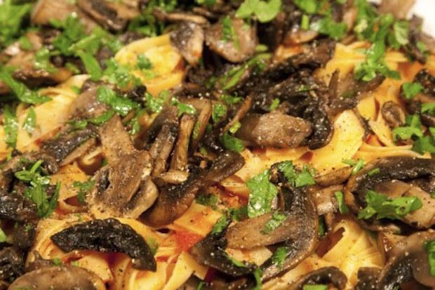 tagliatelle with mushrooms - boscaiola