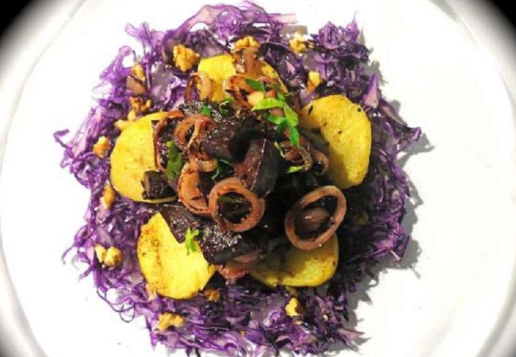 σαλάτα με παντζάρια και πατάτες