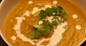 σούπα με παστινάκι και κάρι