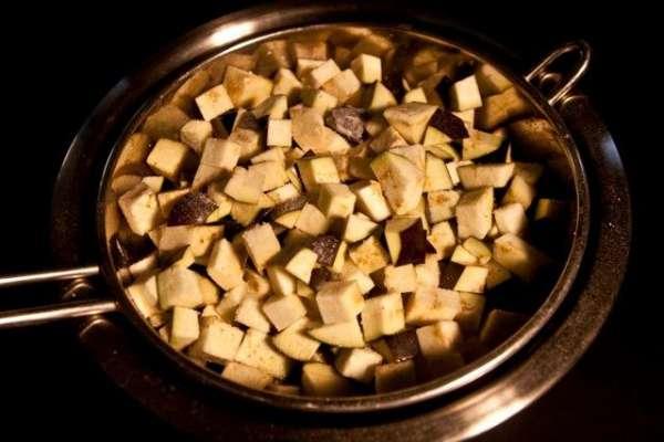 καπονάτα: βίδες με μελιτζάνες γλυκόξινες