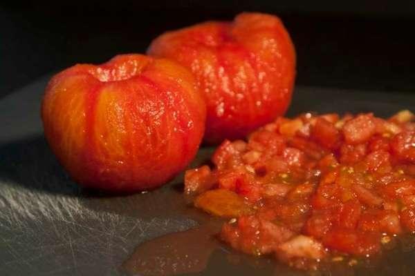 Bίδες με μελιτζάνες και ντομάτες (καπονάτα)
