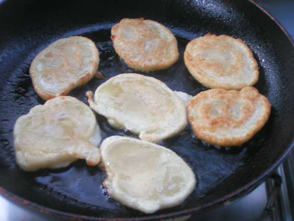 Greek Tiganites - egg-less mini pancakes the easiest way
