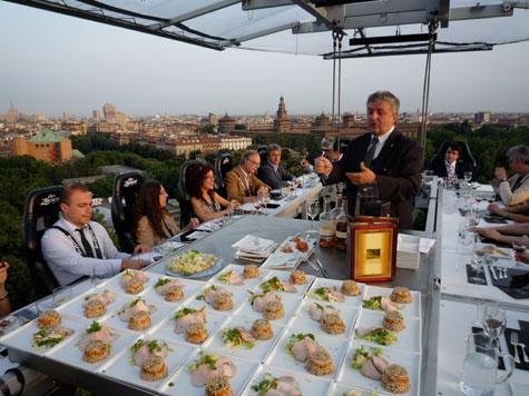 dinner in Italy's sky