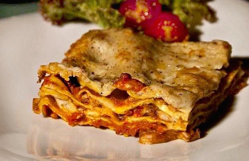 oven baked lasagna with bolognese sauce