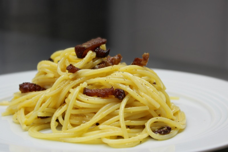 authentic italian spaghetti carbonara