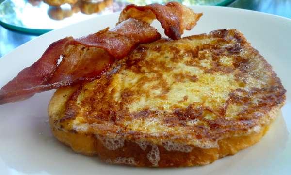 γαλλικό τοστ με bacon