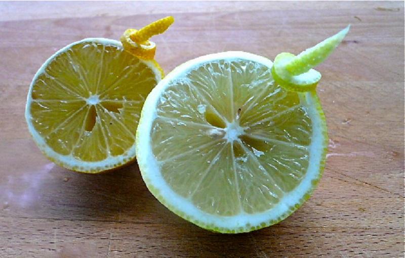κομψευόμενο λεμόνι - πως παρουσιάζεται στο πιάτο
