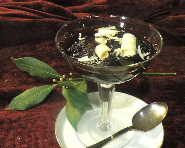 δαμάσκηνα με σοκολάτα λευκή και vinsanto