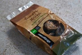 μινεστρόνε μανιταριών με αποξηραμένα Suillus Luteus - συνταγή