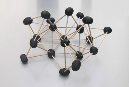 marti guixe, 'olive atomic snack': three-dimensional tapas, in the shape of atomic models, 2000