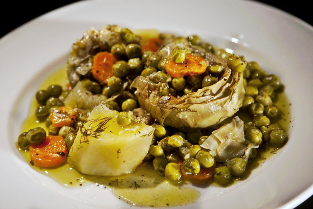 Artichokes a la polita - Greek artichoke and peas stew