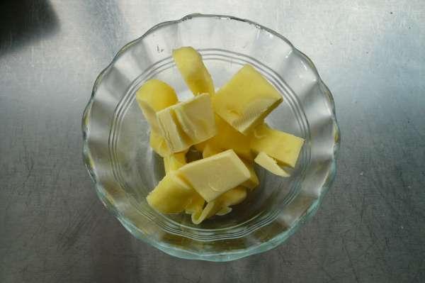 syntagi fileto glossas me lefki saltsa krasiou