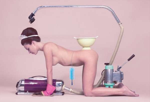 Μaurizio Cattelan +Ρierpaolo Ferrari, 'casalinga', toilet paper μαγασινε
