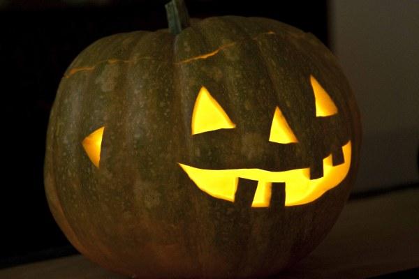 Η κολοκύθα halloween - JACK-O'-LANTERN για HALLOWEEN