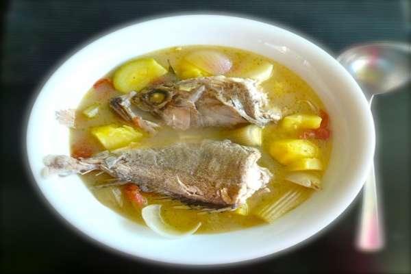 συνταγή σπιτική ψαρόσουπα