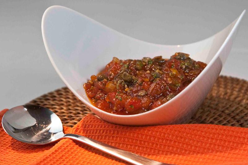 τσάτνεϊ ντομάτας για πικάντικη απογείωση στο μπάρμπεκιου