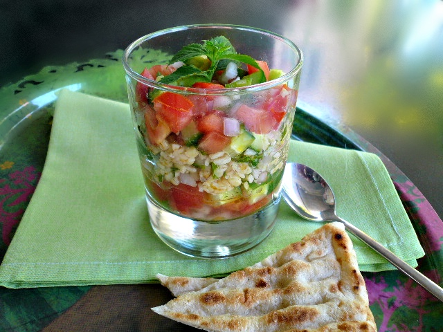 ταμπουλέ: σαλάτα με πλιγούρι & αρωματισμένα λαχανικά