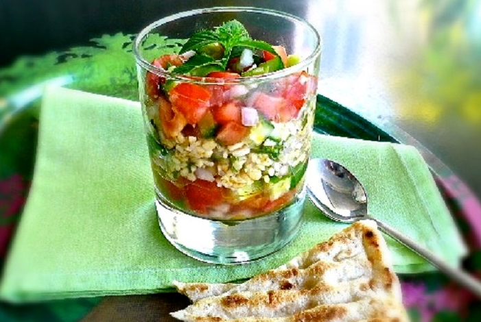 tabbuleh salad with bulgur