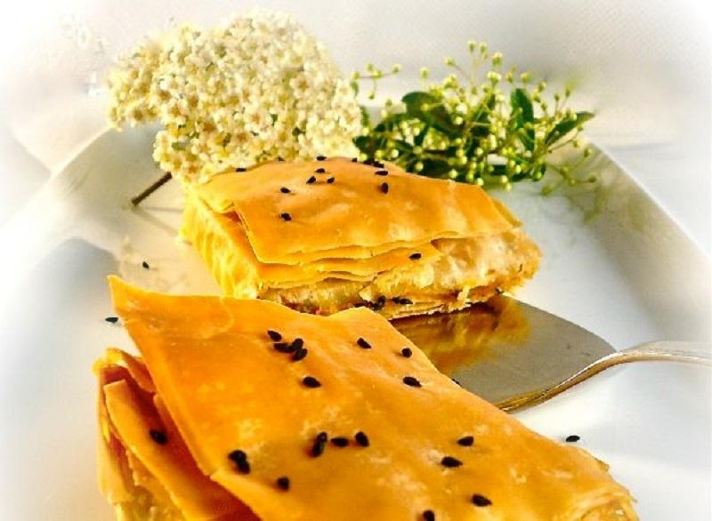 Σαμιώτικη πίτα με κολοκύθα και μοσχοκάρυδο - κολοκυθόπιτα