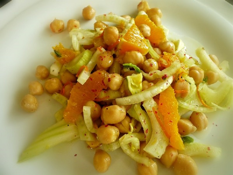 face-lift: chickpea salad with orange and fennel