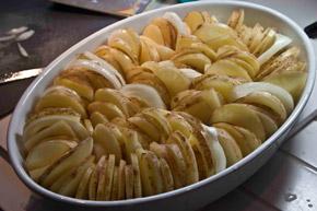 πατάτες μπουλανζέ στο φούρνο - αρνάκι Ουαλίας
