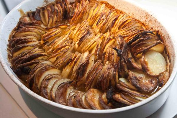 Πατάτες μπουλανζέ στο φούρνο