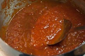 σάλτσα ντομάτας για σπιτική ιταλική πίτσα μαργαρίτα