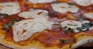 ιταλική πίτσα μαργαρίτα
