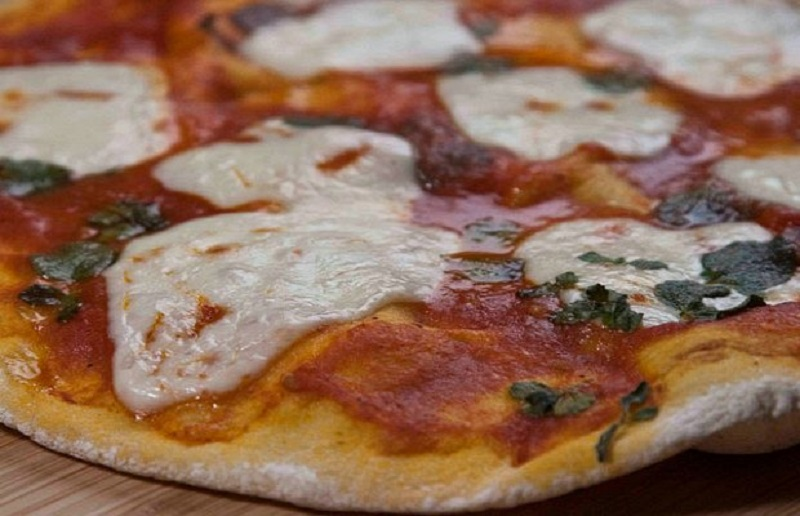 ιταλική πίτσα μαργαρίτα αλά Ελίζαμπεθ -delivery τέλος!