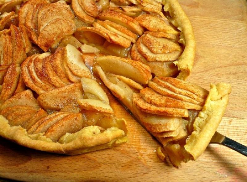 μηλόπιτα ανοιχτή με ...έτοιμο το σύμπαν
