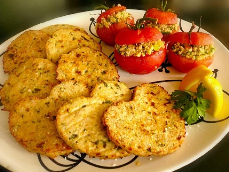 γαλέτες κοτόπουλο με εστραγκόν και ντομάτες