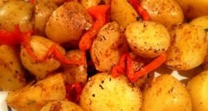 πικάντικες πατάτες με κόκκινη πιπεριά