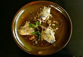 σαρδέλες γεμιστές και γκρατιναρισμένες στο φούρνο