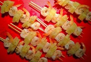 γλυκόξινες γαρίδες με ανανά