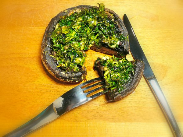 Top 20 συνταγές για μανιτάρια - μανιτάρια γεμιστά στον φούρνο για χορτοφάγους
