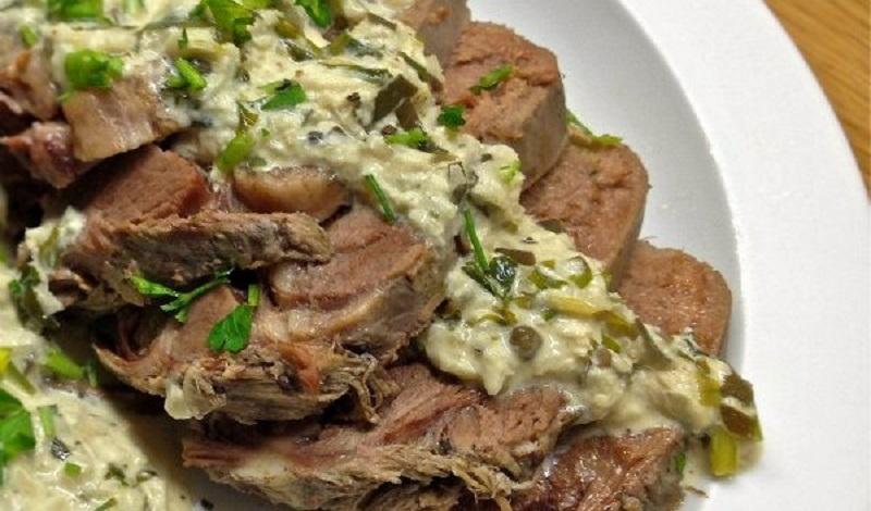 γλώσσα μοσχαρίσια με σάλτσα μουστάρδας