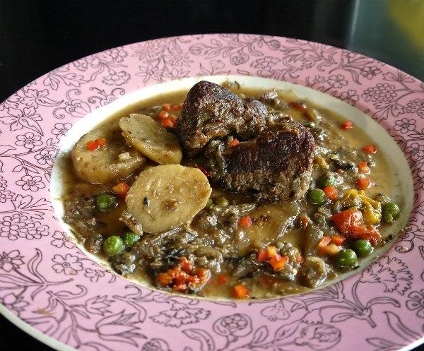 μοσχαρίσιο χτένι με λαχανικά και γάλα