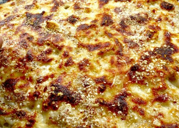 μακαρόνια ογκρατέν με τυριά: πάστα φούρνου & κρούστα