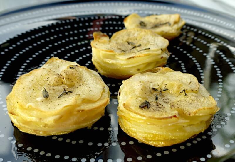 πατάτες μάφιν αρωματισμένες με μυρωδικά