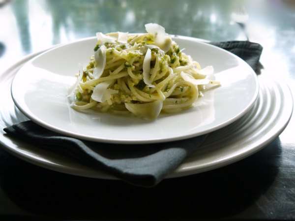 delicious pesto with zucchini and walnut