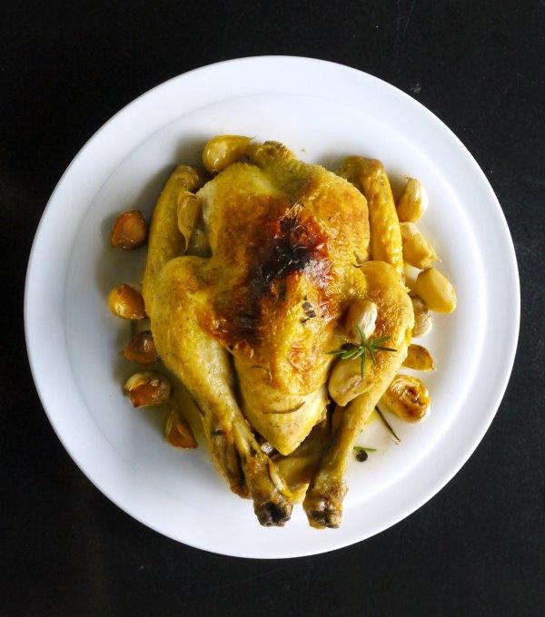11 must πιάτα με κρέας από την γαλλική κουζίνα - κοτόπουλο με 40 σκόρδα