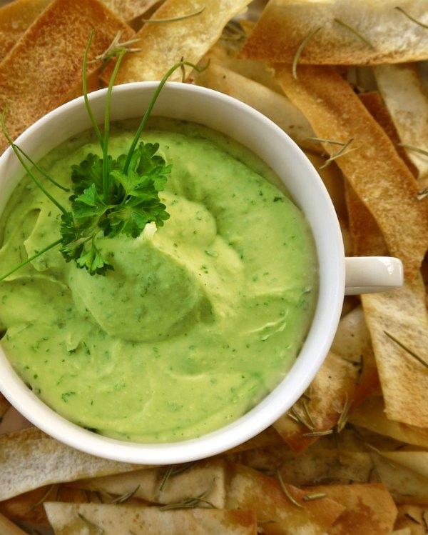 πράσινα ντιπ με φασόλια και αρωματικά αραβικά πιτάκια