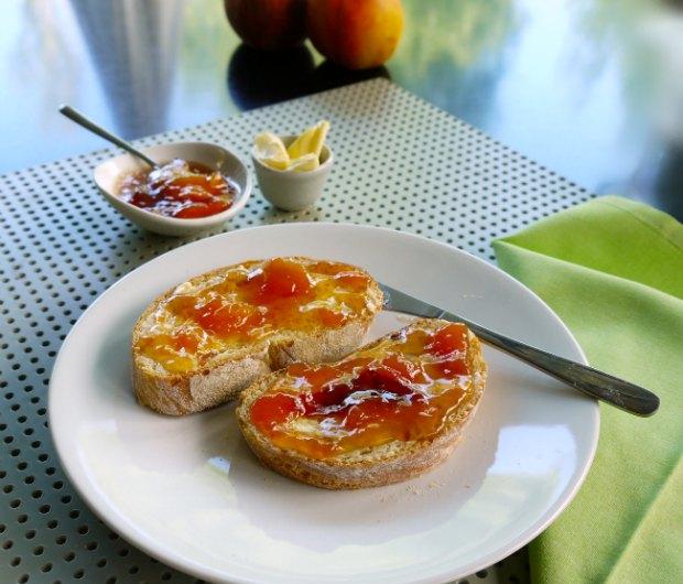 μαρμελάδα ροδάκινο σε 30 λεπτά: το express της γλύκας