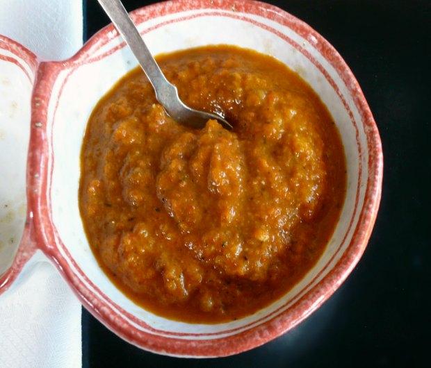 σάλτσα κόκκινης πιπεριάς