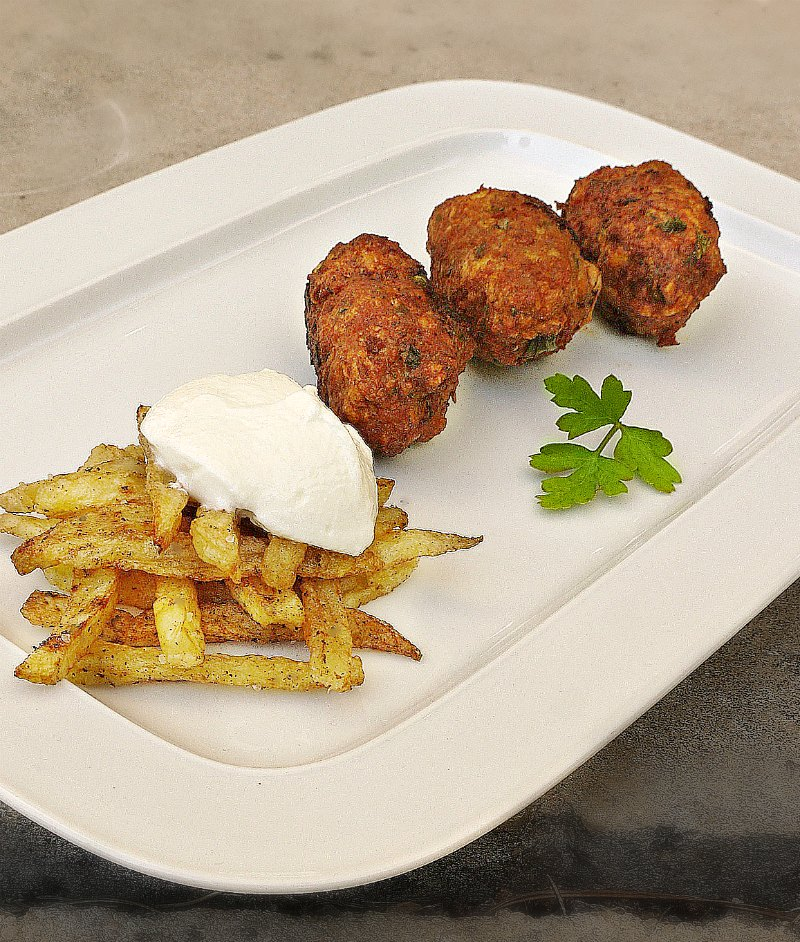 aromatic cypriot meatballs with potato