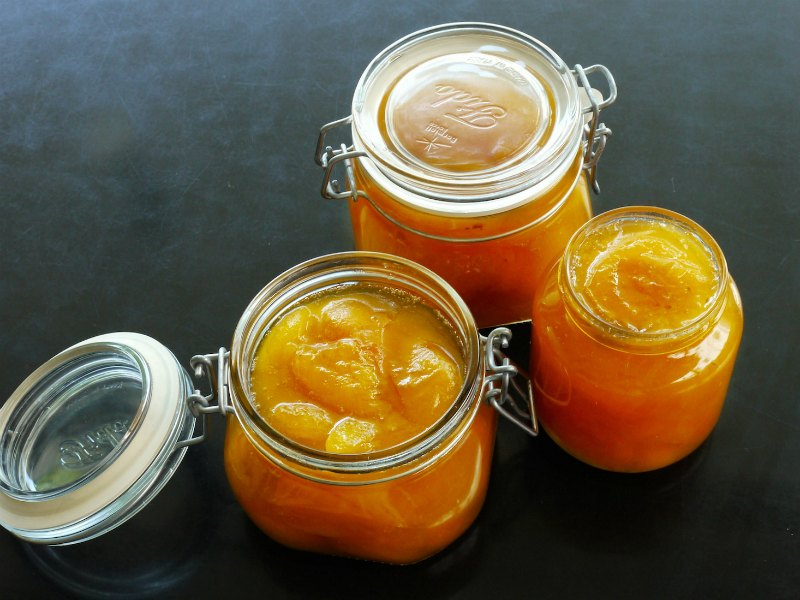 apricot jam straight from heaven