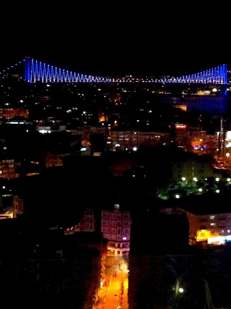 γάμος στην Κωνσταντινούπολη - φωταγωγημένος Βόσπορος